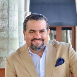 Rodolfo R Pou